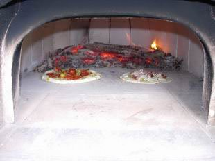 Four � pain : pizzas