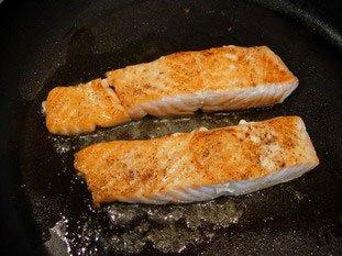 Saumon grillé à la crème de mâche : Photo de l'étape 11