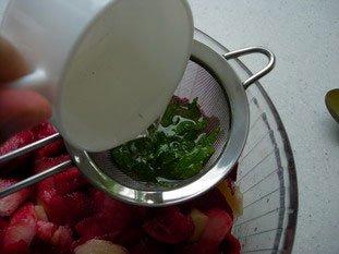 Salade de pêches à la menthe : Photo de l'étape 6