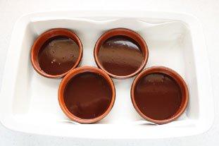 Crèmes brûlées vanille-chocolat : Photo de l'étape 2