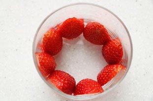 Verrines fraises-kiwis crème de mascarpone : Photo de l'étape 4
