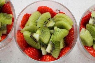 Verrines fraises-kiwis crème de mascarpone : Photo de l'étape 7
