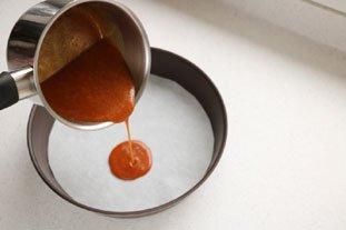 Gâteau renversé aux pommes caramélisées : Photo de l'étape 7