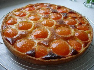 cooking-ez.com - Apricot and almond cream tart