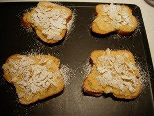 Tranches de brioche à la crème d'amandes : Photo de l'étape 6