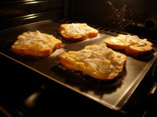 Tranches de brioche à la crème d'amandes : Photo de l'étape 7