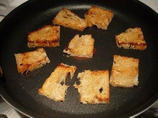 Oeufs brouillés, pain toasté et épinards frais : Photo de l'étape 3