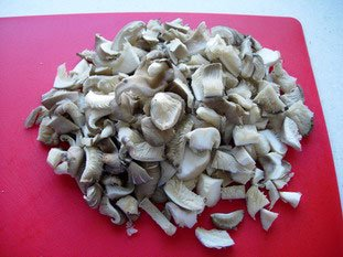 Poêlée de champignons, oignons nouveaux et jambon cru : Photo de l'étape 2