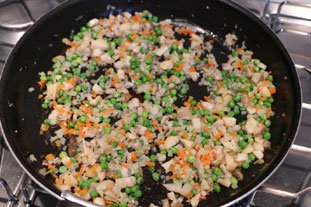 Baked Mont d'Or with diced mixed vegetables : Photo of step #4