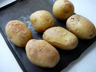 Pommes de terre au four, beurre ou crème aux herbes : Photo de l'étape 7