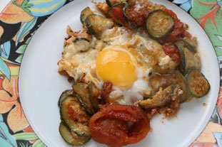 Oeufs tomates-courgettes