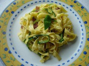 Tagliatelles et spaghetti de courgettes façon carbonara : Photo de l'étape 26