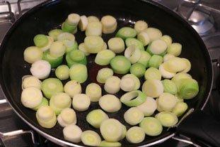Tartines aux blancs de poireaux et oeuf mollet : Photo de l'étape 4