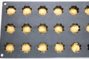 Petites madeleines salées aux 2 fromages : Photo de l'étape 5
