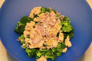 Salade tiède de brocoli au thon : Photo de l'étape 3