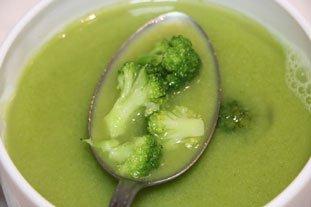 Bouillon léger aux brocoli : Photo de l'étape 4