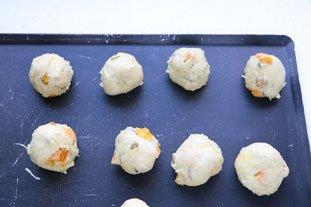 Petites brioches pistache-abricot : Photo de l'étape 7