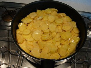 Tortilla de pommes de terre : Photo de l'étape 4