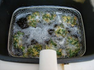 Spinach fritters : Photo of step #9