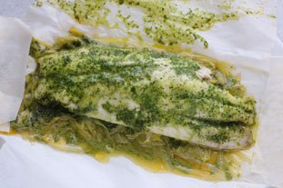 Sea bass with coriander cream en papillote : Photo of step #13