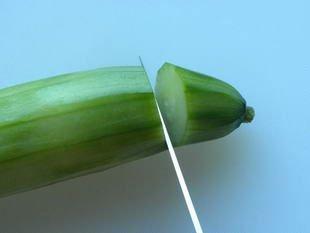 Comment préparer des concombres : Photo de l'étape 2