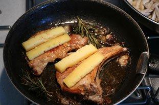 Côtelettes de porc au romarin : Photo de l'étape 6