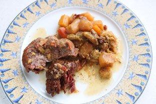 Belle pièce de viande confite et légumes fondants en cocotte lutée : Photo de l'étape 14