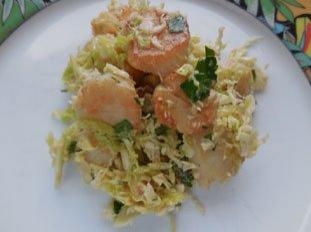 Salade tiède de saint-jacques au chou